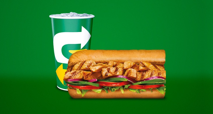 SUBWAY combo de 15 cm por $12.900 + bebida + galleta.